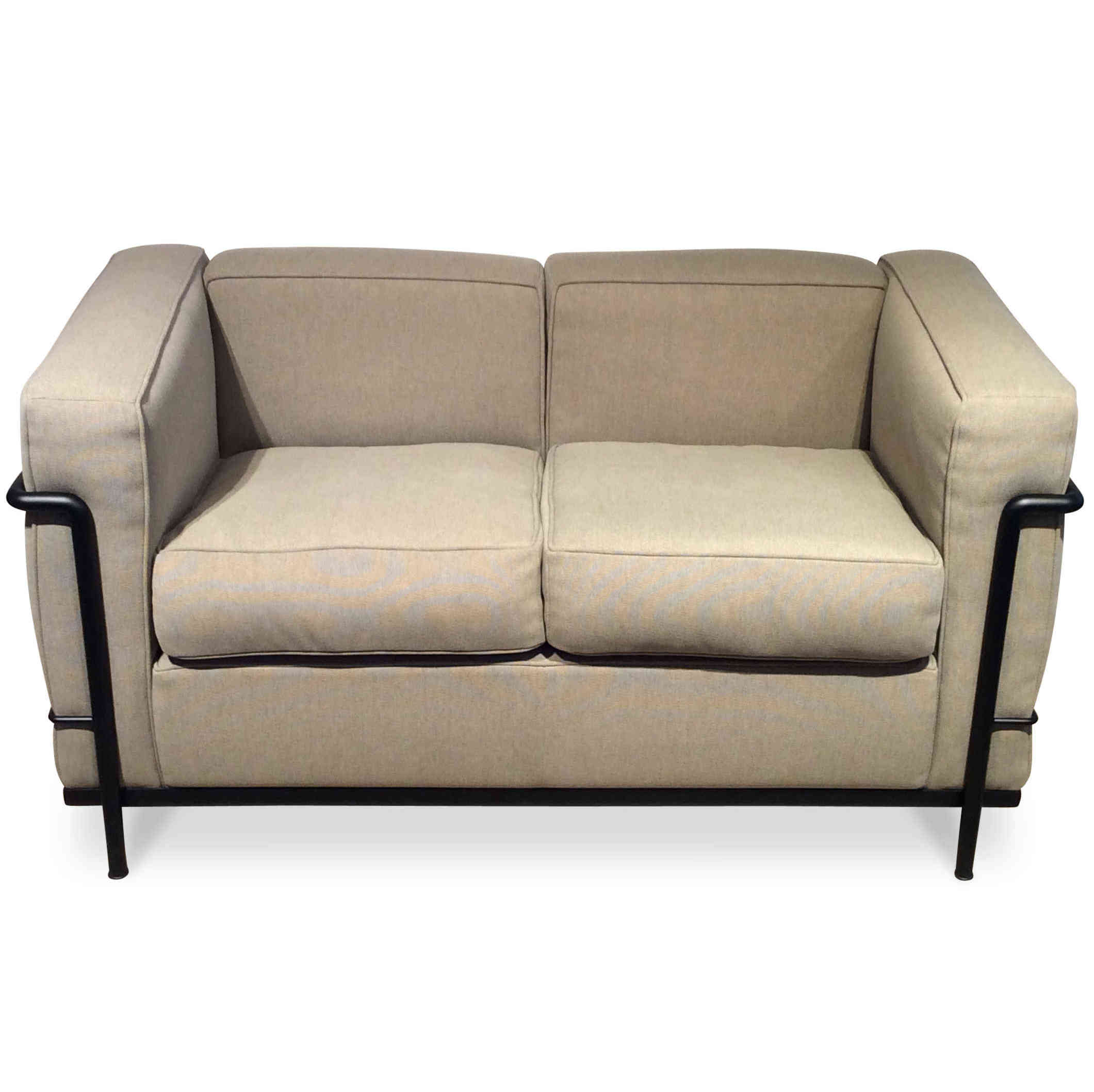 cassina designer lc2 sofa le corbusier p jeanneret c. Black Bedroom Furniture Sets. Home Design Ideas