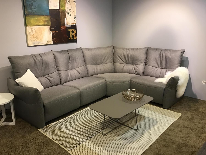 ausstellungsst cke sofas g nstige designerm bel markenm bel sofort lieferbar online shop. Black Bedroom Furniture Sets. Home Design Ideas