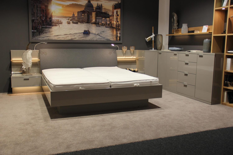 Schlafzimmer Siena Kleiderschrank Bett Eckkombination